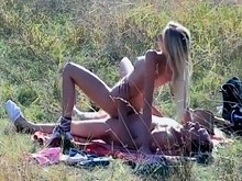 Brave couples making outdoor sex and exciting free videos presents by crazy voyeurs in the street porn category