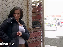 Flashing Belindas daring public nudity and outdoor masturbation of brunette amateur babe toying outdoors in the streets