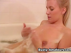 Busty amateur Autumn getting horny on the shower