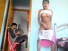 Mumu Lion Webcam Show