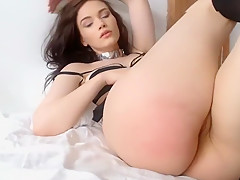Sexy Thing Gets Her Clothes Off