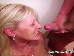Aged aged wife does bukkake