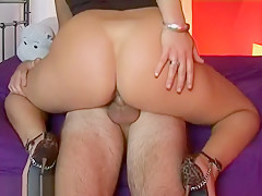 Milf Knows How To Fuck Hard