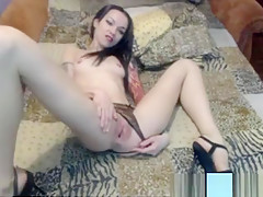 a nice pussy spreading and gaping show from Rosaleen