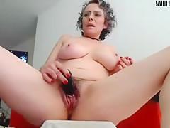Milf masturbed