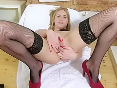 Pure Gaping - Violeta