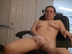 Geeky glasses girlfriend keeps her panties on to masturbate