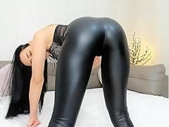 Legging girl