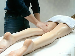 IN HOME MASSAGE THERAPIST FUCKED ME HARD
