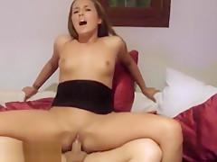 PornMe - Seitensprung mit Cumshot belohnt