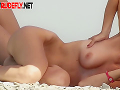 Free beach videos featuring two hot nude sexy girls