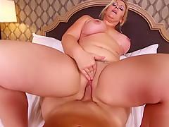 MomPov Selah - Epic slut MILF loves to fuck E493