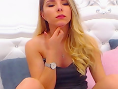 sexy hot web cam girl AnissiaAngel from CamSex69.TV in 4K