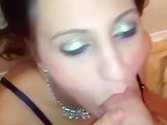 Submissive hotwife rims and blows a bar pickup