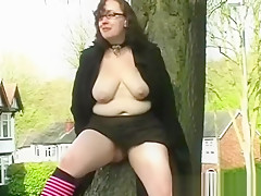 Couragious public exhibitionism and bbw flashing