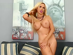 Blonde Beauty Fingers Her Sweet Pussy