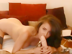 Amateur Brunette In Lingerie Finger Fuck