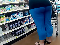 BBW spandex bends over for me(Playtime)