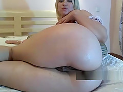 blonde young chubby babe and her juicy pussy lips
