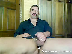 Handsome Daddy Jacking Off For His Bf On Webcam - 429Videos