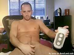 Hunk Lubes Up His Dick And Fucks A Sextoy - 429Videos