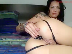 Cock Sucking Camslut Is Shitting Beads