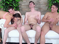 Three hugry newcomers try fuck Wendy Moon but two of them fail