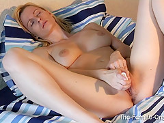 Blonde Babe Patrycja Edges Her Way To A Satisfying Orgasm