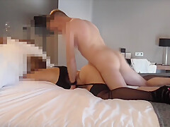 amateur threesome in the hotel with Milf and cum mouth