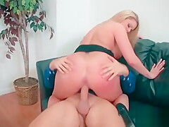 (Brooklyn Chase) Big Round Tits Girl Love Intercorse In Office video-11