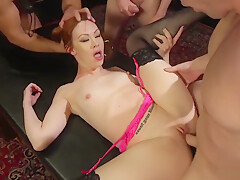 Redhead double penetration at party-