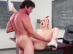Beautiful schoolgirl tastes teachers cum-