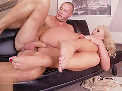 Big ass babe Phoenix Marie gets her amazing feet worshipped during hardcore sex scene on the sofa
