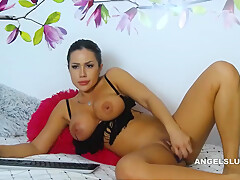 Hottie Shaved Toying Her Pink Fuckhole