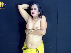 Riya Aunty Strips Naked