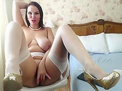 Sexy Big Butt Latina Milf In Stockings Teasing On Webcam