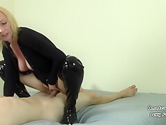 Creampie Drips From Cunt After Milf Pov Riding