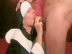Die geile Nonne