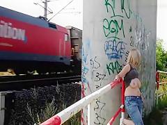 Bahnhofs-Schlampe Nuttenstrich