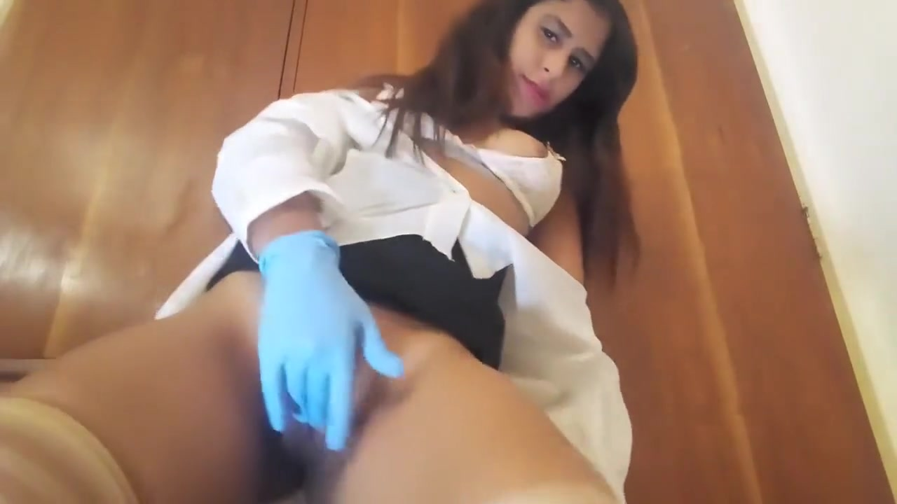 Spanish JOI Dirty Nurse Horny Teen Latex Glove Pussy Play