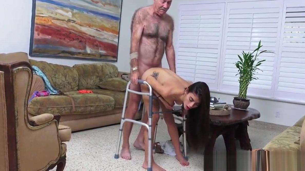 Порно фильм муж инвалид