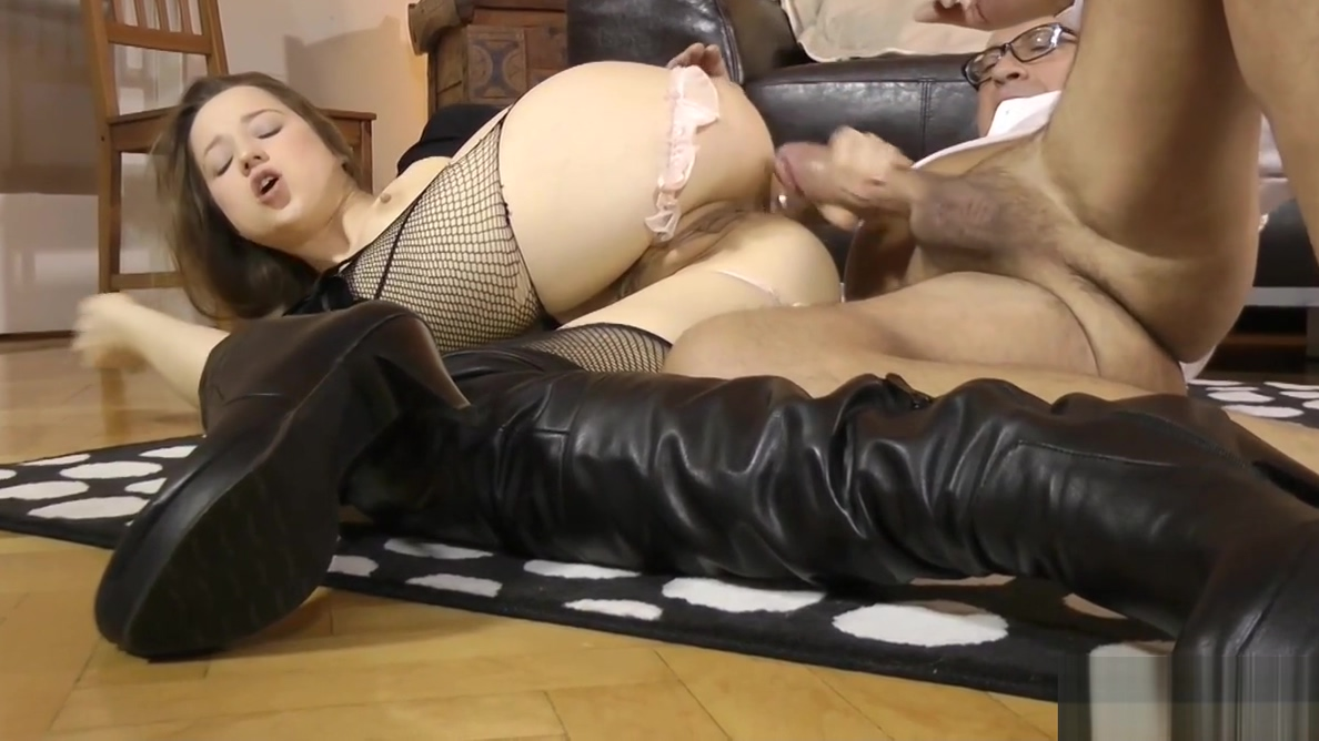 Glam Eurobabe Assfucked In Stockings Sex Photo