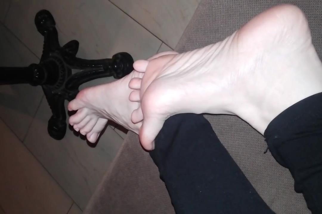 POV - Showing feet to stranger in public