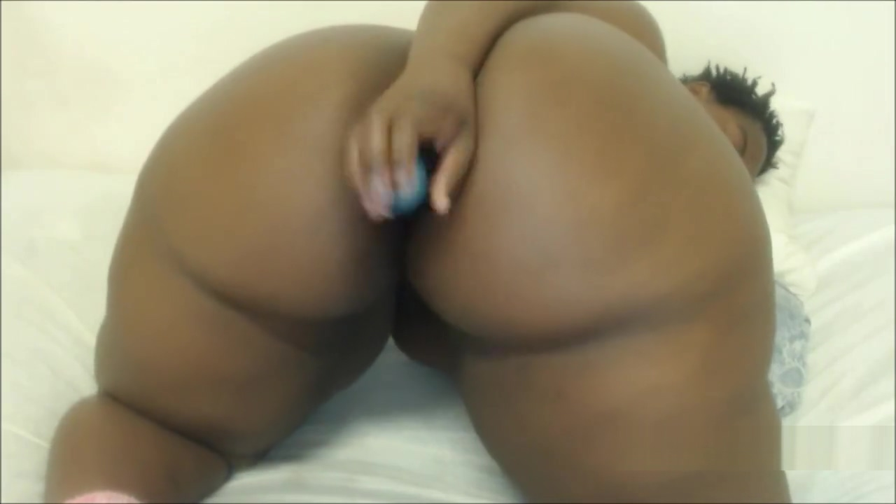 BIGGEST BLACK ASS BLACK GIRL EBONY