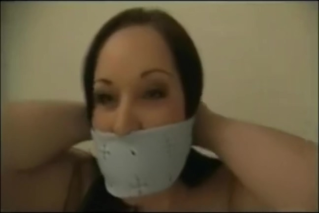 How many ways can a girl be gagged with a bandana