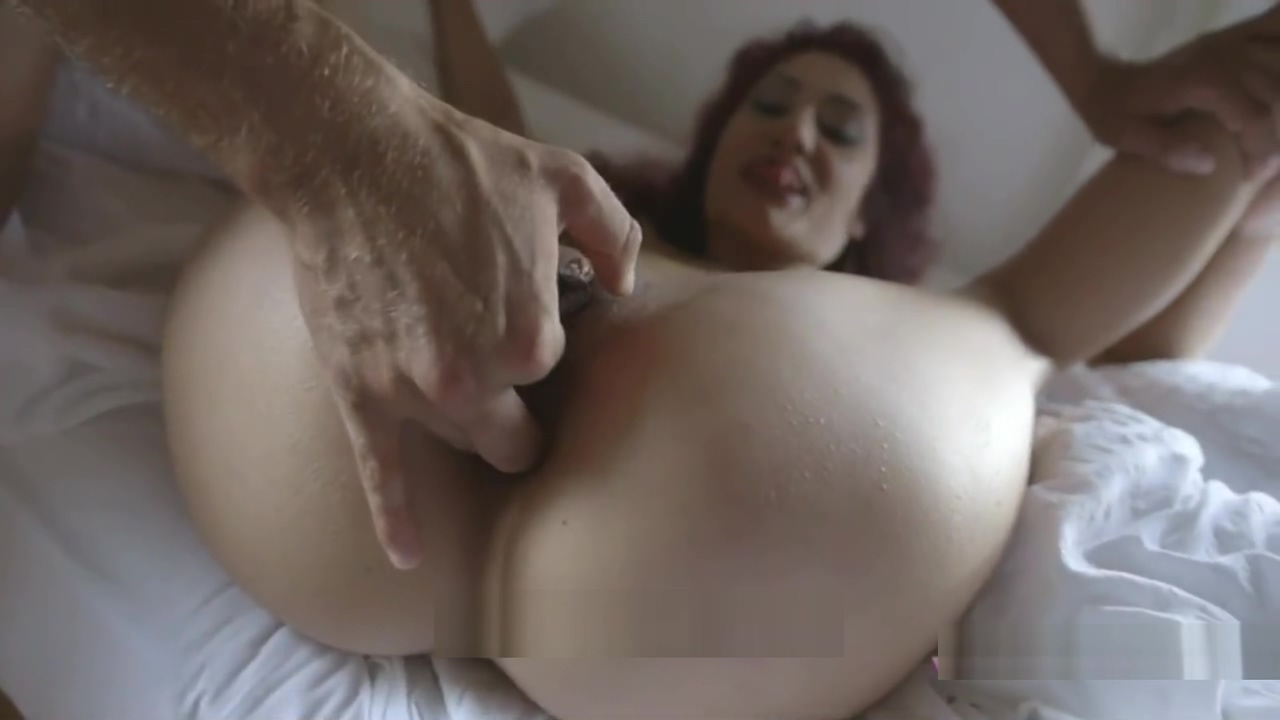 This guy fucks me so well that makes me squirt like a slut