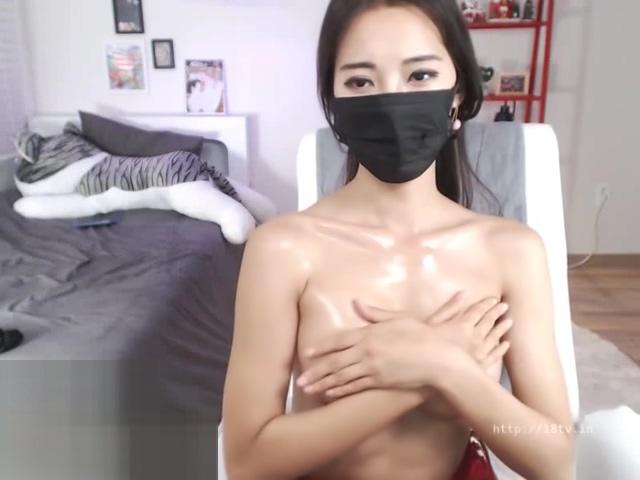 Asian beauty stockings striptease