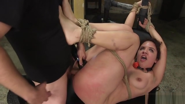 Deep throat and pussy fuck in bdsm