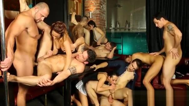Top Female Sucks Weenies And Bonks Hard In Amateurs Bi Video