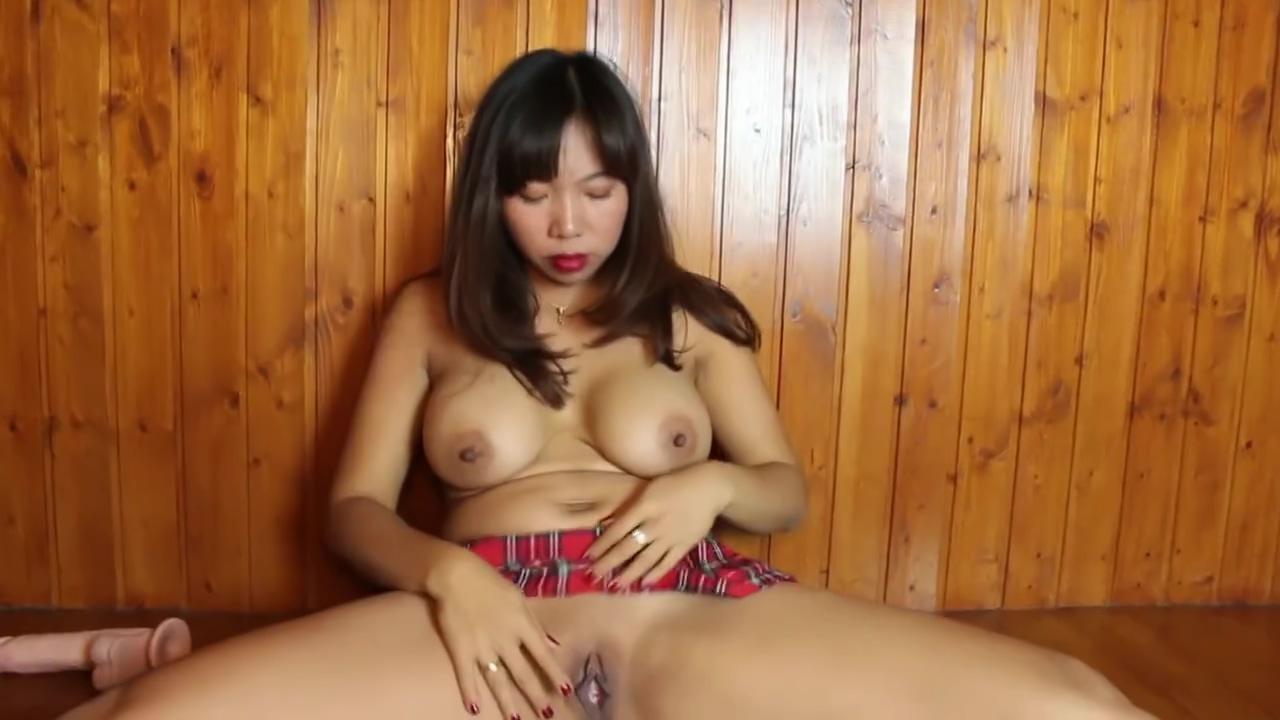Sexy Asian Thai Gymnastic dildo Fuck